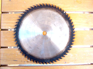 Beginners guide to old dewalt radial arm sawrestoring an amf dirty radial arm saw blade greentooth Choice Image