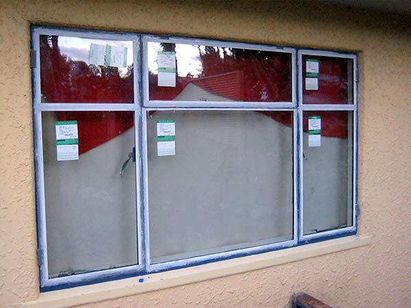 steel window with double glazing - Metal Frame Windows
