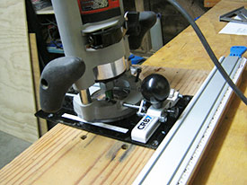 Guiding a router cut with the CRB7